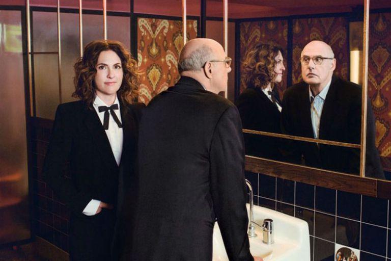 Jeffrey Tambor junto a la creadora de Transparent, Jill Soloway