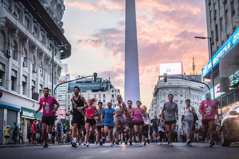 Más de 250 personas se juntaron en una corrida espontánea por la Ciudad