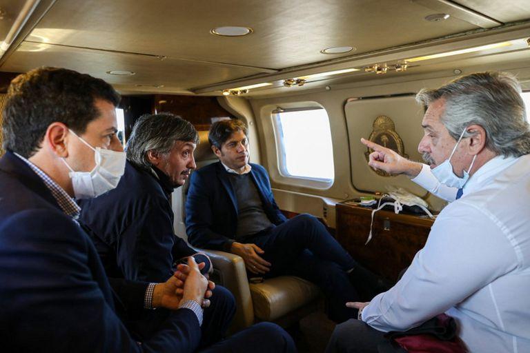 En una recorrida por el conurbano, en plena pandemia de coronavirus, Fernández con Wado De Pedro, Máximo Kirchner y Axel Kicillof