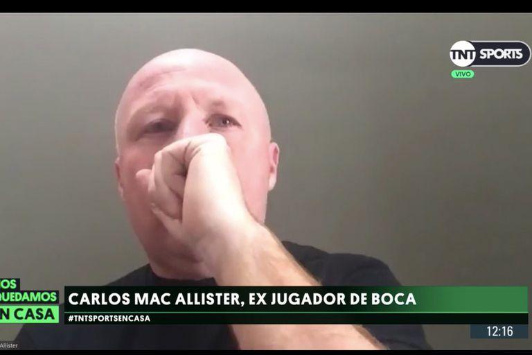 Carlos Mac Allister se ahogó en vivo y tosió sin cumplir las normas sanitarias