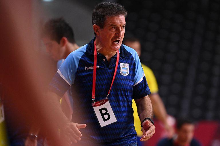 Manolo Cadenas dejó de ser el entrenador de Los Gladiadores y ya tiene reemplazante
