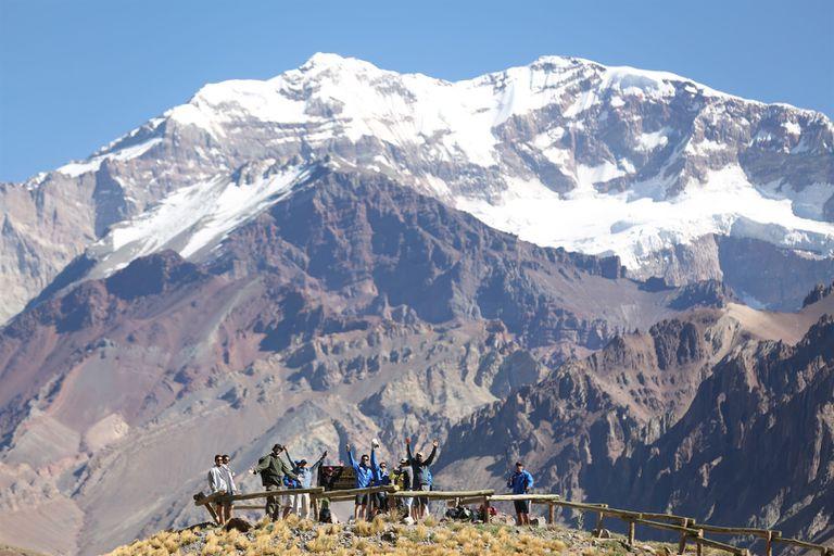 Ezequiel Baraja, el espartano, y Julián Weich, llegaron a la cima de América