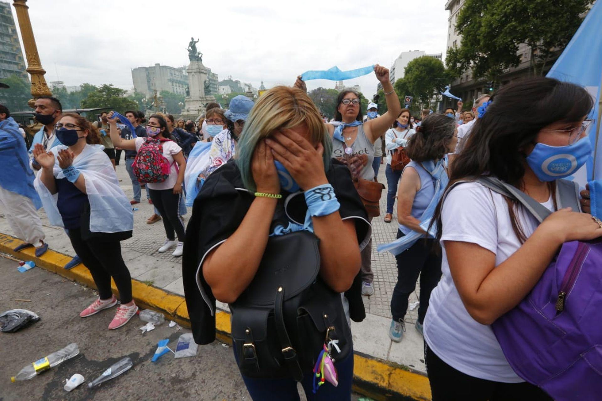 La decepción de los militantes pro vida tras el resultado de la votación en la cámara de diputados