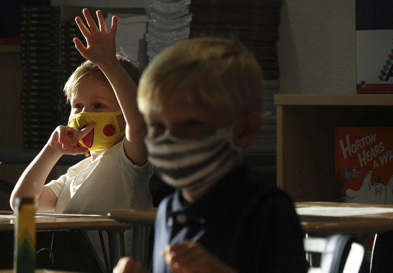 Los nuevos datos que generan alarma por el reinicio de las clases