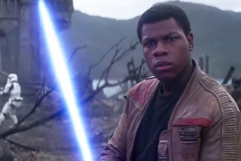 John Boyega como Finn en Star Wars: el ascenso de Skywalker