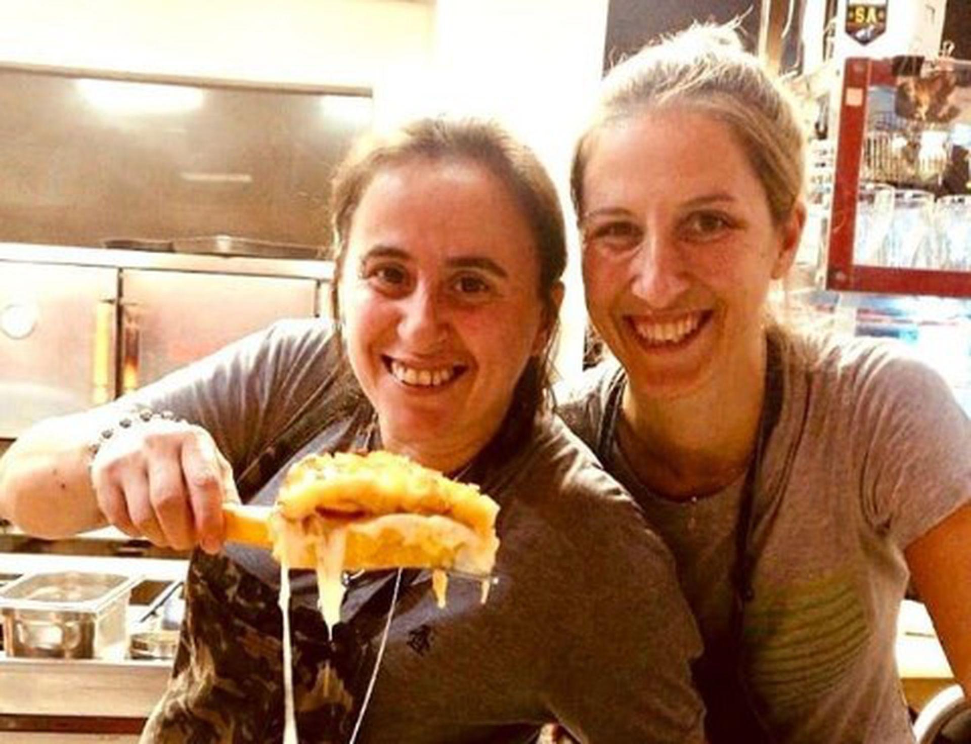 Pato y Romi. Protagonistas del episodio de Buenos Aires de Street Food Latinaomérica.