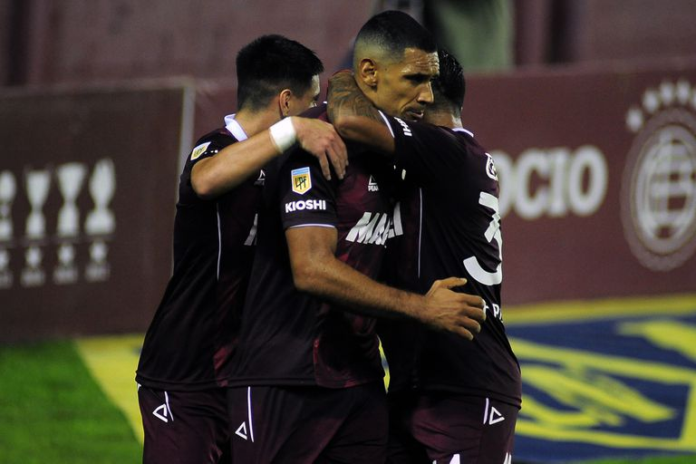 Copa de la Liga. Lanús se recuperó con goles: venció a Patronato 4-2