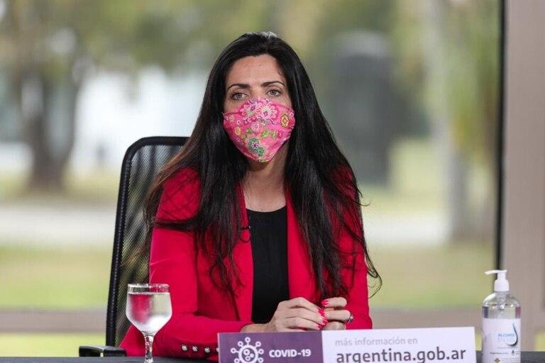 Luana Volnovich, titular de PAMI, solicitó prioridad en la vacunación para sus afiliados; pero desde la cartera de Fernán Quirós aseguraron que no habrá prioridades.