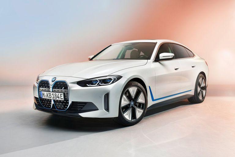 BMW i4. Un eléctrico fabricado en serie a la par de la Serie 4 de la marca bávara