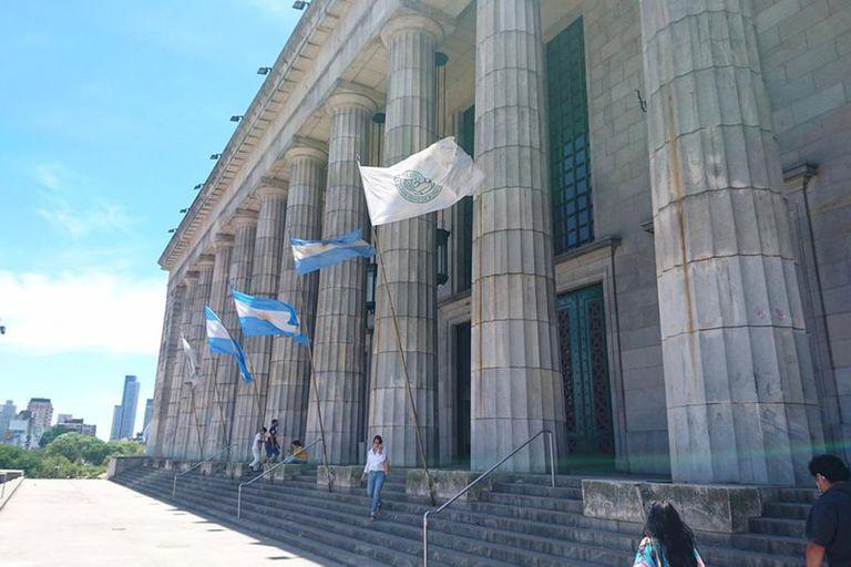 La Universidad de Buenos Aires sostiene su liderazgo como la mejor de la región