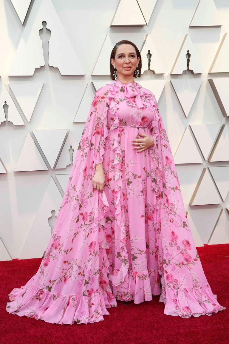 Maya Rudolph, en un diseño XL floreado