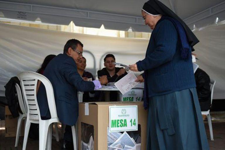 En Colombia el bipartidismo se mantuvo durante buena parte del siglo XX.