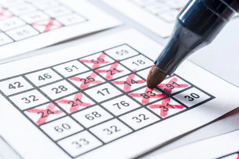 Le robó todos los ahorros a su madre y los perdió jugando al bingo online