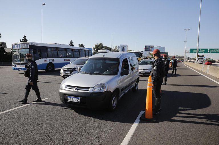 Controles en la Panamericana que provocaron varios kilómetros de congestionamiento