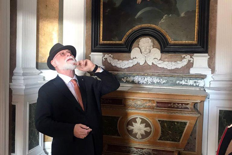 Manguel en la capilla del Palacete dos Marqueses de Pombal, cerca del Museo Nacional de Arte Antiguo en la Rua de Janelas Verdes.