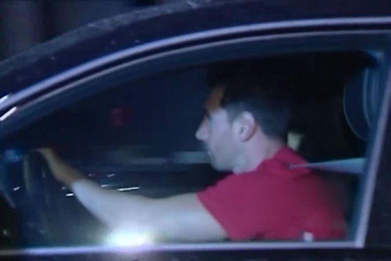 Una de las pocas apariciones públicas de Messi: cena con Suárez