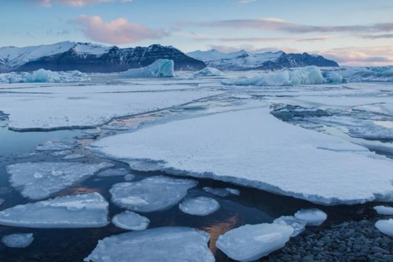 """""""La última zona de hielo está perdiendo masa de hielo al doble de la velocidad de todo el Ártico"""", aclaró Moore"""