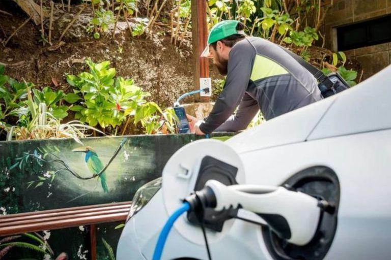 La innovadora solución de Costa Rica a los viajes largos en autos eléctricos