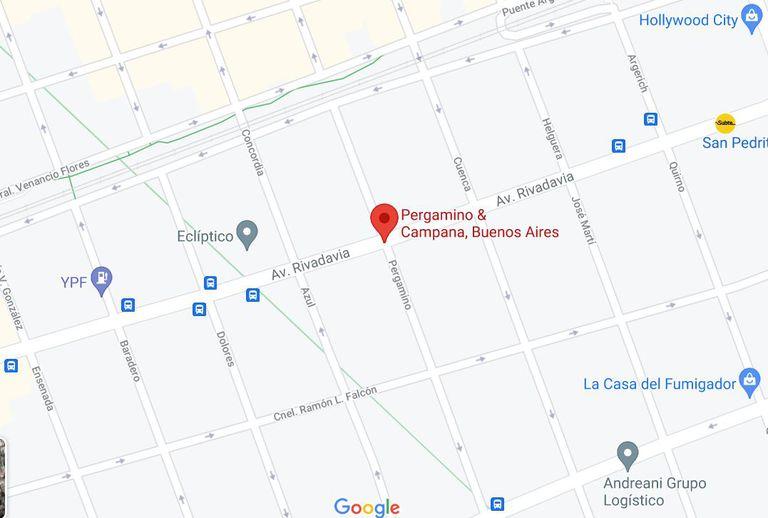 El cine Fénix estaba ubicado en Rivadavia y Pergamino, donde hoy se encuentra el Teatro Flores