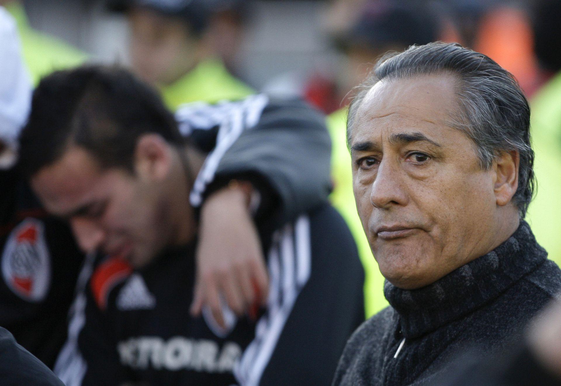 Juan Jose Lopez fue el técnico de la última campaña de River previa al descenso