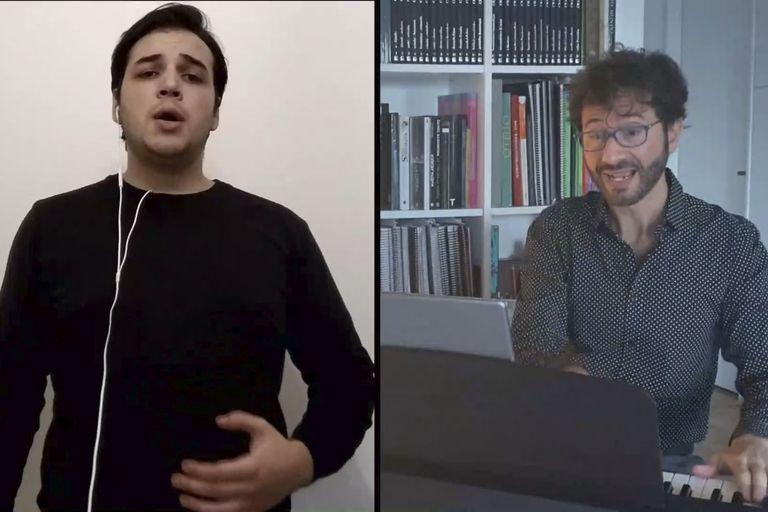 Marcelo Ayub, al piano, y uno de los alumnos del Instituto Superior de Arte del Teatro Colón