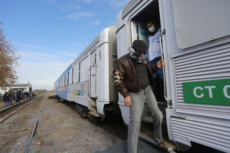 Coronavirus: Qué servicios presta el tren sanitario que recorre la Provincia
