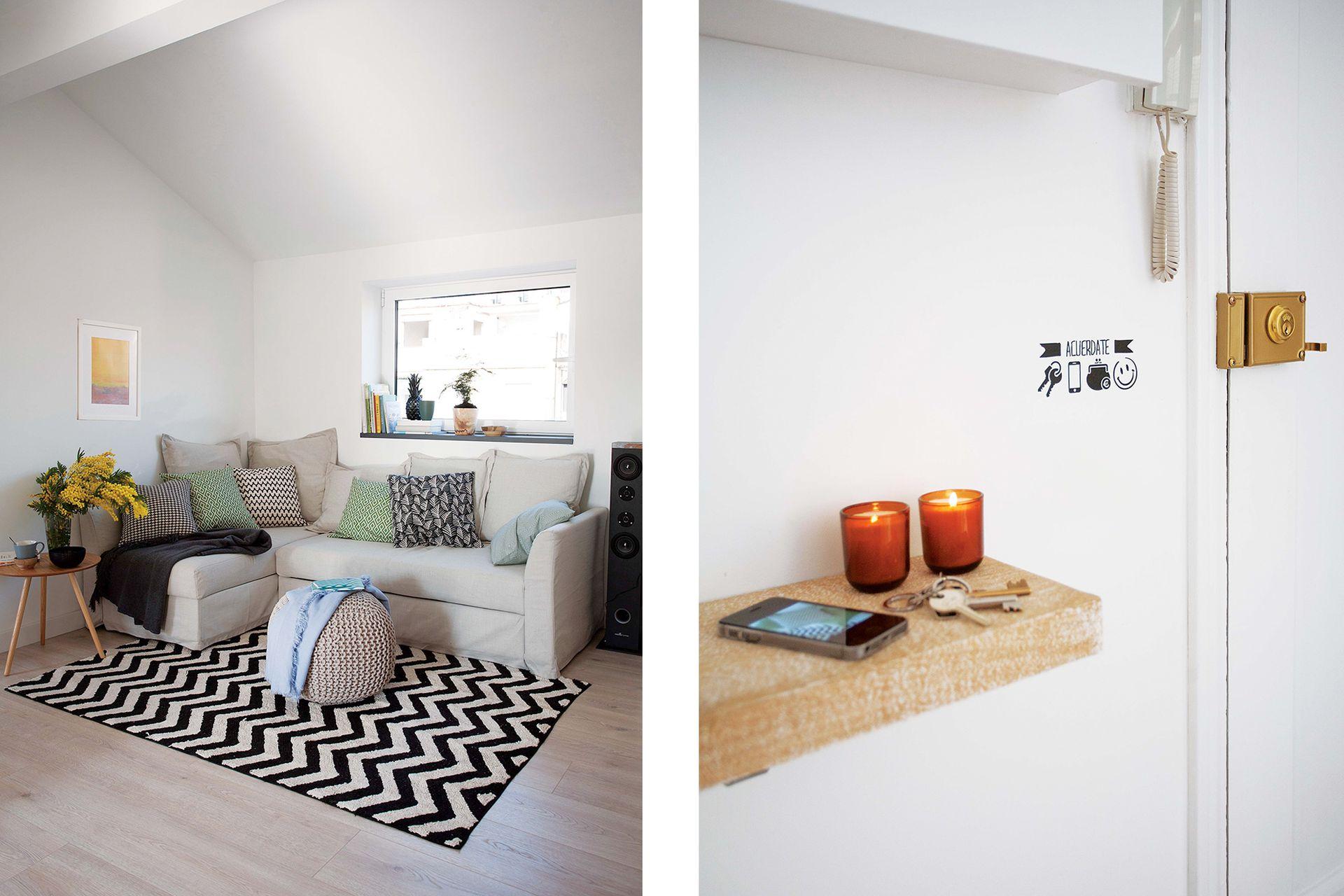 Alfombra (Lorena Canals), sofá en 'L' (Ikea) con almohadones estampados (H&M Home) y manta gris; puf tejido con género de hilo (todo de Zara Home) y bol negro (Armani Casa) sobre una mesa auxiliar de madera (Sacum).
