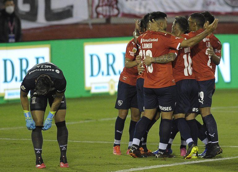 Clasificado. Un Independiente distinto derrotó a Huracán y se metió en cuartos