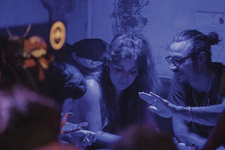 Daniel Osvaldo junto al hijo de Gianinna Maradona, Benjamín Agüero, en una noche de mucha complicidad