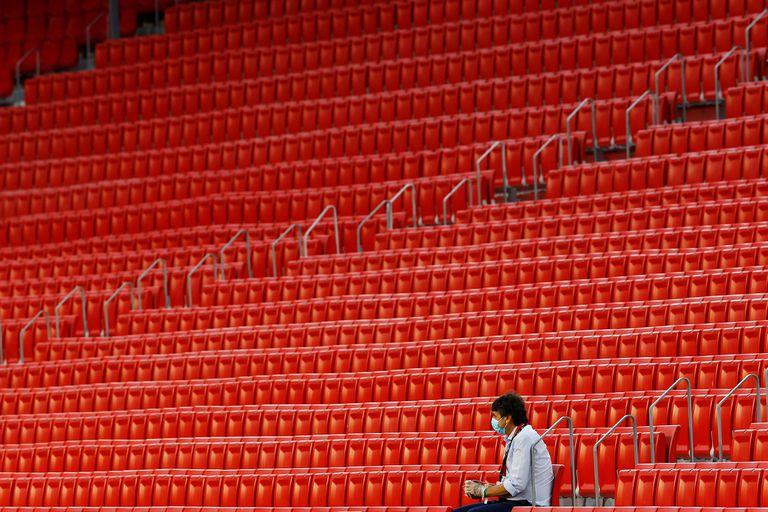 Tribunas vacías, la nueva postal del fútbol mundial