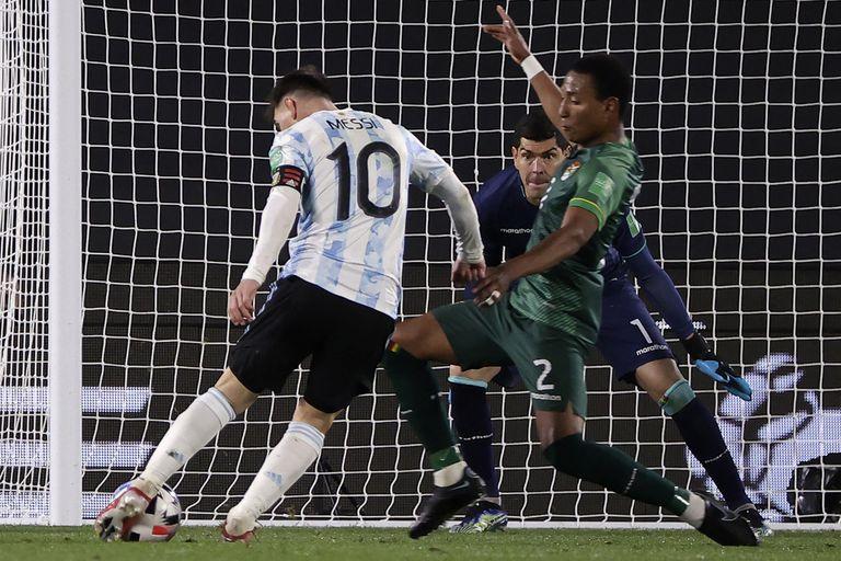 Lionel Messi no conoce los límites y Pelé se convirtió en otra víctima