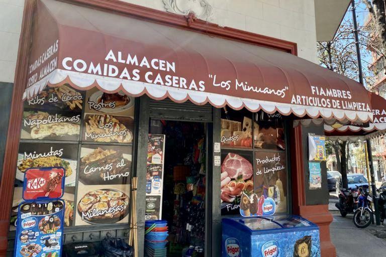 El sándwich especial de los Farías que desde hace más de 30 años cosecha fanáticos en toda la ciudad