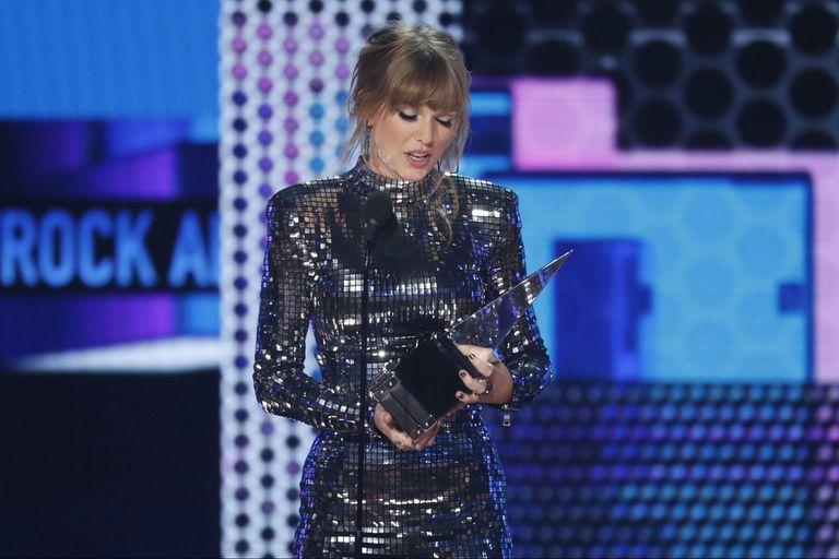 Efecto Taylor Swift: las estrellas movilizan el voto joven para frenar a Trump