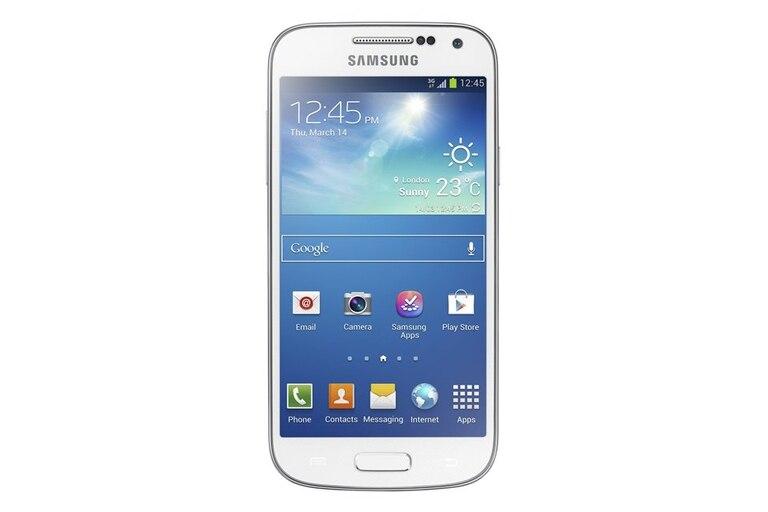 Galaxy S4 Mini.  El menor de la exitosa familia Samsung Galaxy, en su versión 4, ofrece una pantalla de 4,3 pulgadas y cámara de 8 megapixeles