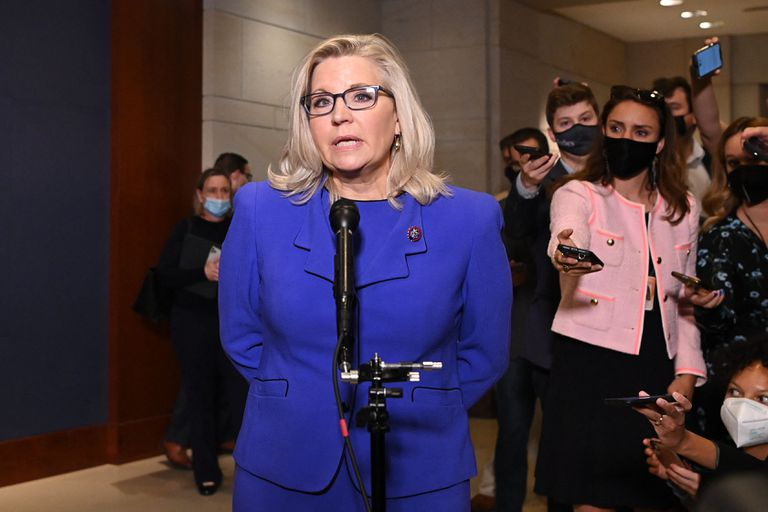 La congresista Liz Cheney habló esta mañana con los medios en el Capitolio