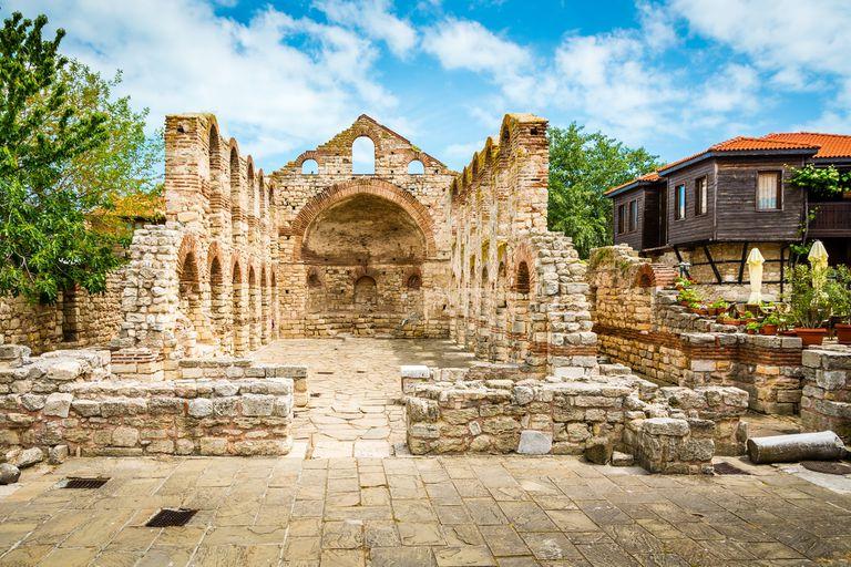 La iglesia de Santa Sofía, en Nessebar, Bulgaria
