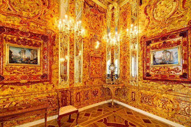 La Cámara de Ámbar, la octava maravilla robada por los nazis y hundida en el mar