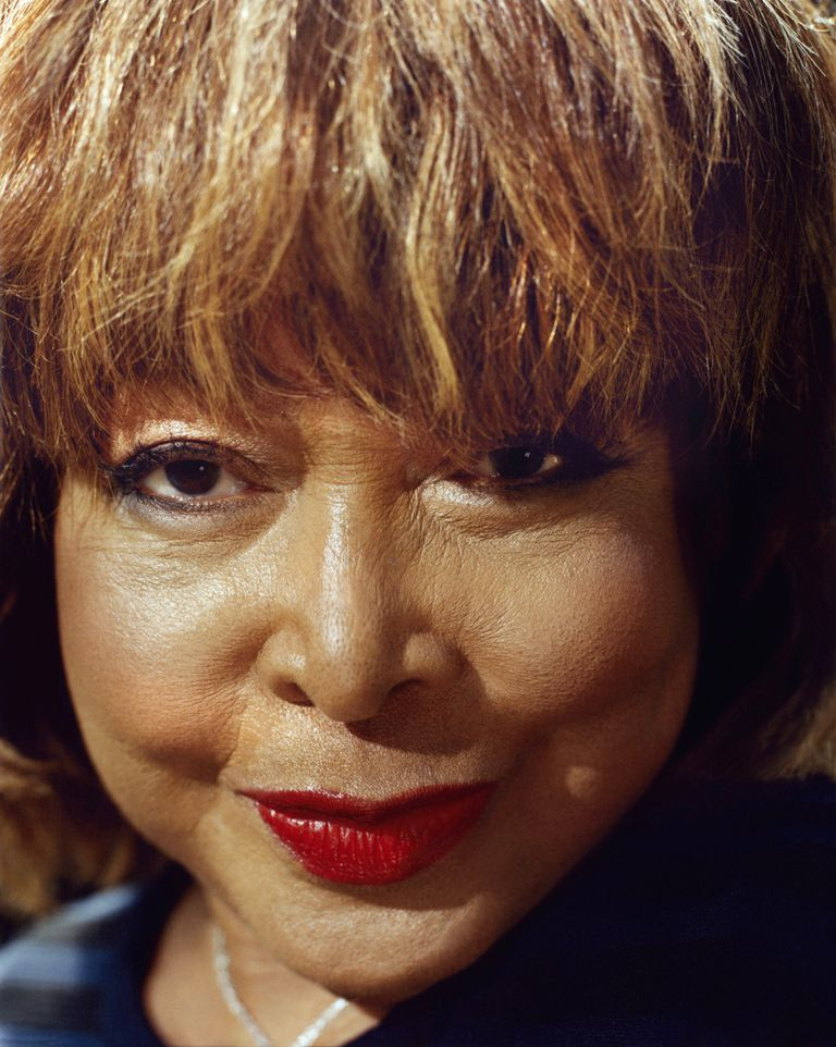Phyllida Lloyd (Mamma Mia!), dirige el musical que cubre cuatro décadas de la vida de Tina Turner y que, tras pasar por éxito por Londres, se estrenará en Broadway en octubre