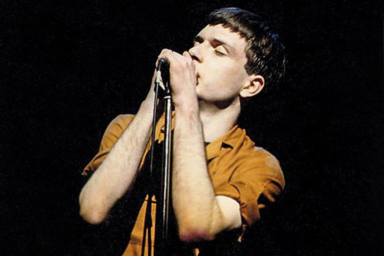 Ícono del rock: 40 años de la muerte de Ian Curtis, cantante de Joy Division