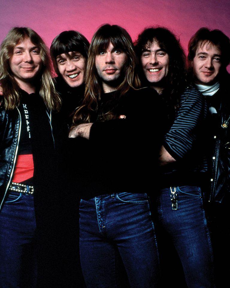 Una de las formaciones clásicas de Iron Maiden, con Dave Murray, Bruce Dickenson, Nicko McBrain, Steve Harris y Adrian Smith, en un retrato de 1987.