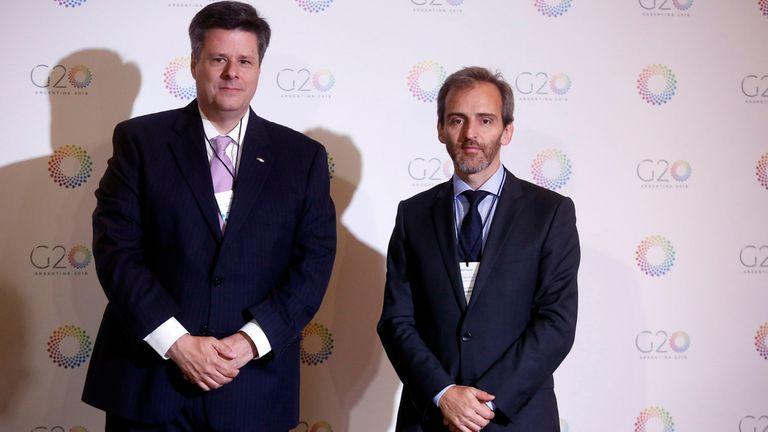 Federico Ovejero, vicepresidente de General Motors Argentina, y Guillermo Rivaben, CEO de SA La Nación