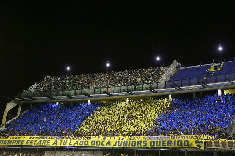 Así fue la bienvenida de los hinchas de Boca a su equipo.