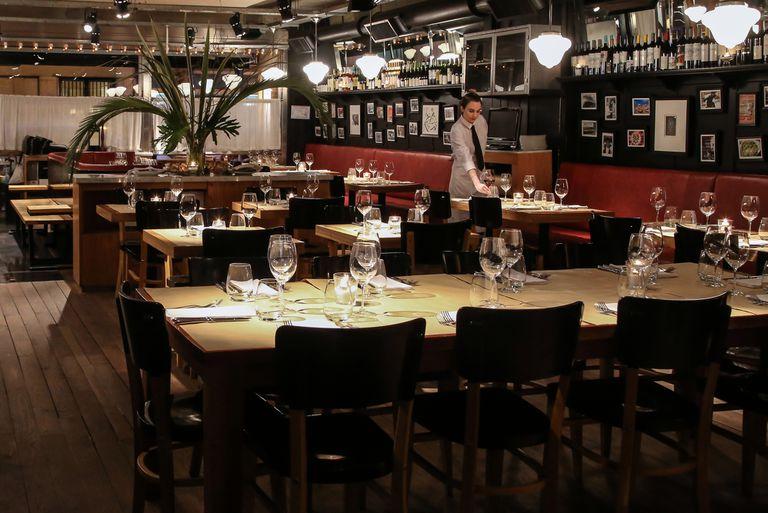 Mishiguene es un restaurante de comida judía moderna que fue elegido por los cocineros como el preferido, y quedó 20 en el ránking