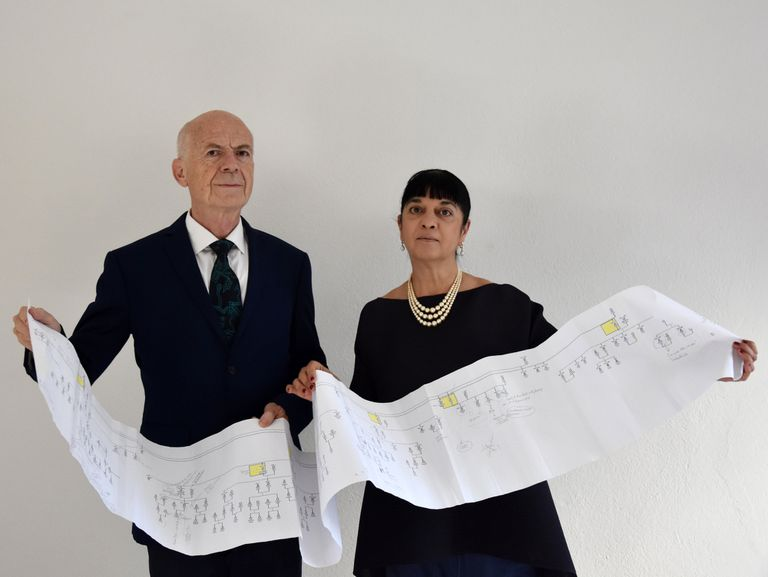 Los historiadores Alessandro Vezzosi y Agnese Sabato sostienen la versión más completa hasta la fecha del árbol genealógico de Leonardo Da Vinci