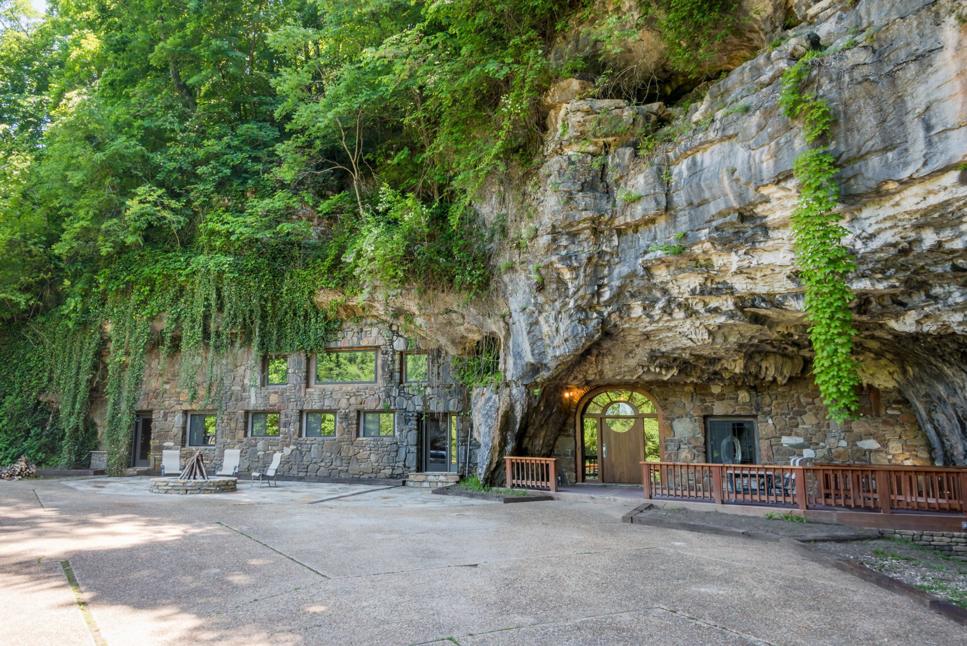 Muy cerca de Ozark, EEUU, esta caverna de lujo ofrece una experiencia única.