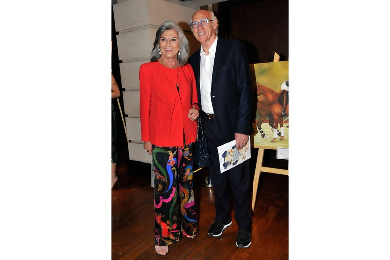 Carlos Bianchi, el ex DT de Boca Juniors, y su esposa dijeron presente en la fiesta de polo