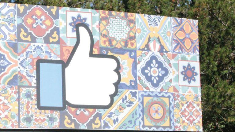 Facebook es una de las empresas que reportó un alza importante de sus ingresos gracias a la publicidad para smartphones
