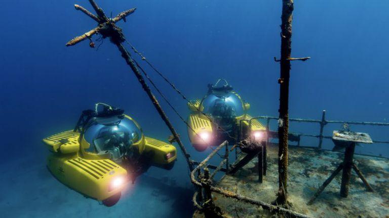 Se cree que uno de los yates que ordenó Jeff Bezos tendrá un submarino