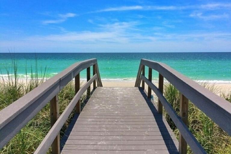 Cómo es y por qué la playa Saint Pete Beach fue elegida la mejor de Estados Unidos   Foto: Instagram @saintpetebeach