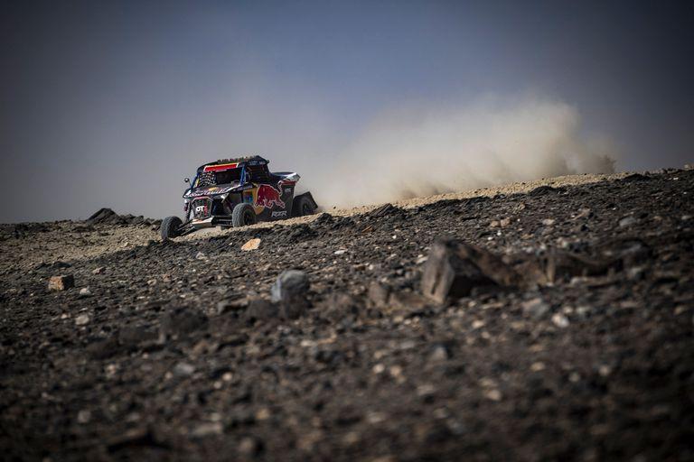 Odontóloga, de 29 años, la burgalesa Cristina Gutiérrez devolvió a la mujer a la cima de una etapa del extenuante Rally Dakar
